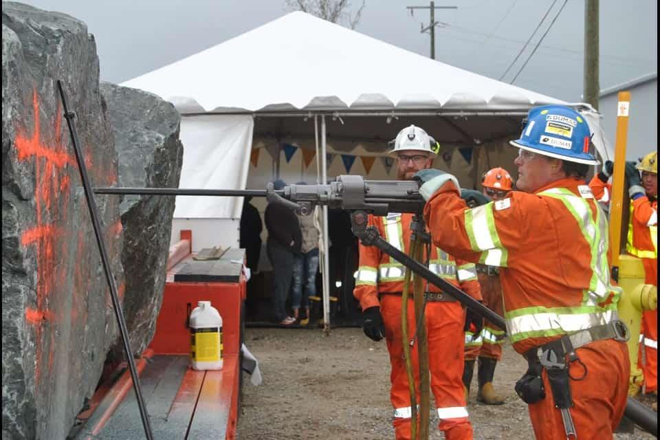 DUMAS Mining Hiring – Accommodation Provided