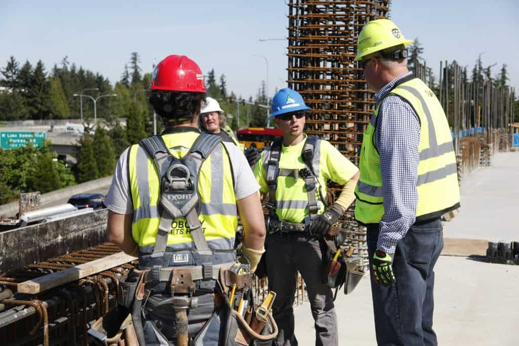 Great Jobs Are Available @ Kiewit – They Need Laborers, Surveyors, Drivers & More, Apply Today!